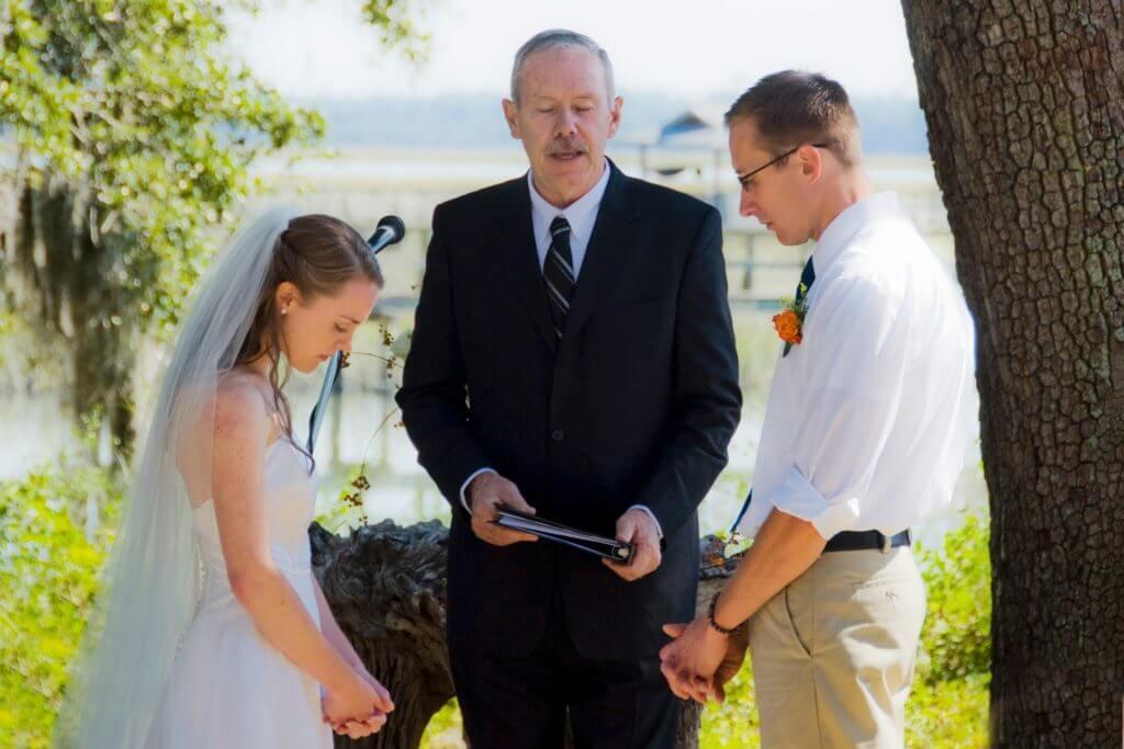 Ο Michael παντρεύεται τη Ρεβέκκα